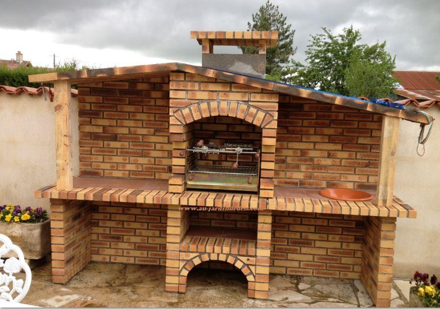 Barbecue en briques leopard l j 152a au jardin d 39 eden for Barbecue en brique refractaire neuf