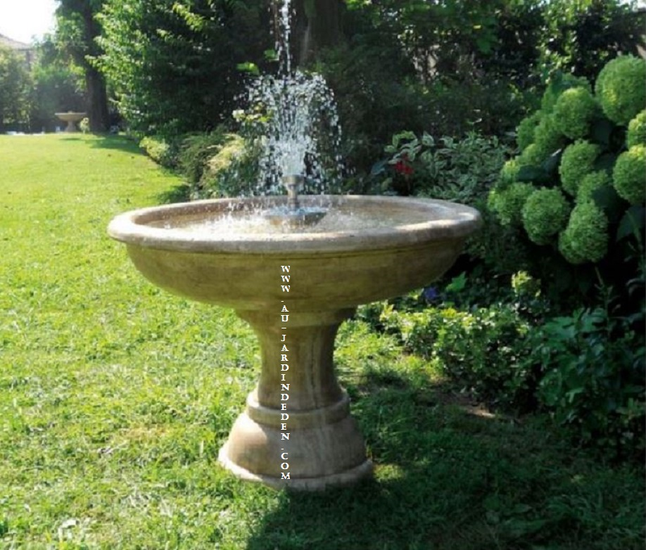 Fontaine A Eau De Jardin. best vasque jardin jet d eau ideas awesome ...