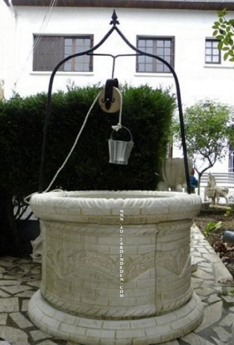 Puits en pierre de jardin rhone a au jardin d 39 eden for Puits decoratif jardin