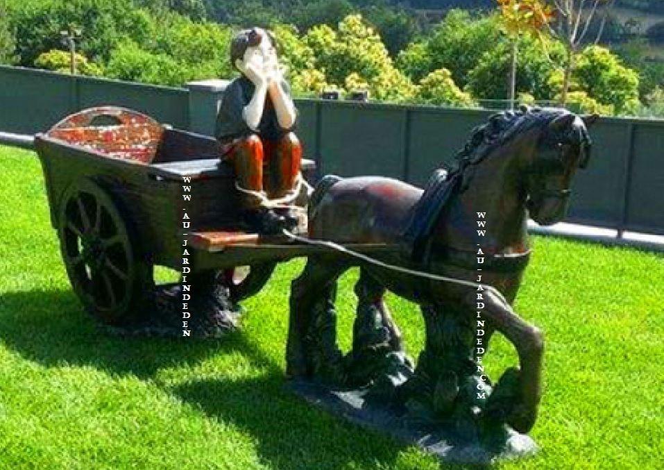 statuee en pierre charrette miguel cheval a au jardin d 39 eden. Black Bedroom Furniture Sets. Home Design Ideas