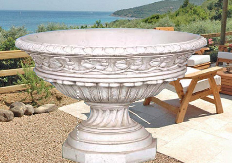 vases 2 tetes en pierre de jardin aux 2 tetes au jardin d 39 eden. Black Bedroom Furniture Sets. Home Design Ideas
