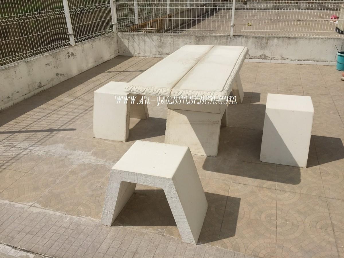 table exterieur de jardin en pierre ff miguel a au jardin d 39 eden. Black Bedroom Furniture Sets. Home Design Ideas